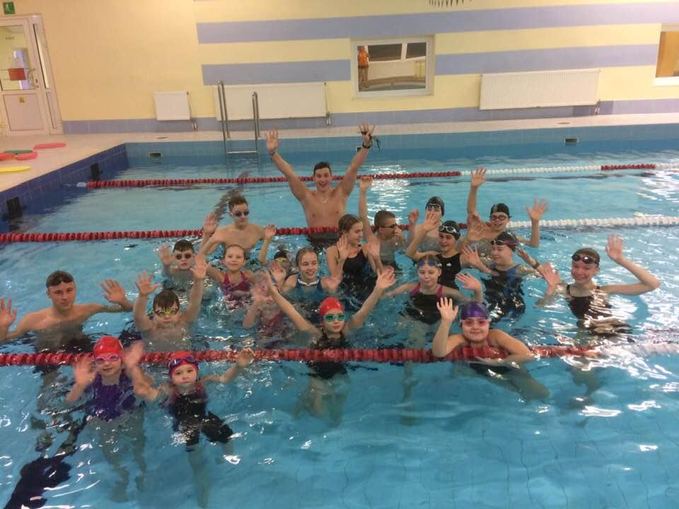 meie noored ujujad